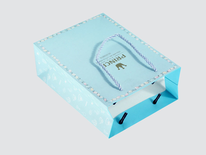 Charm Printing OEM paper gift bags fashion design for paper bag